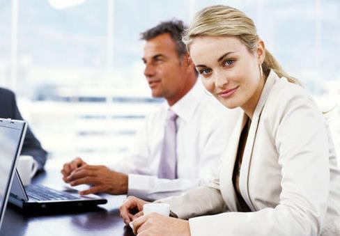 """在职场上,混得好的人,懂得""""向上管理"""""""